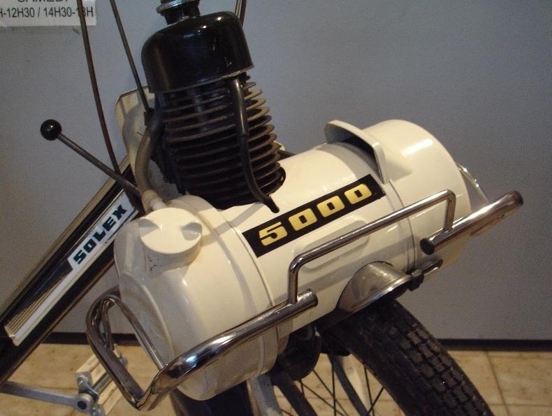 fixation moteur solex 5000